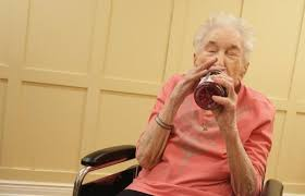 'I don't feel high … I feel better': 98-year-old tries pot, then cuts back on morphine