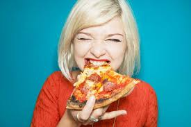 Study Says Study: Women Have More Intense Munchies Than Men