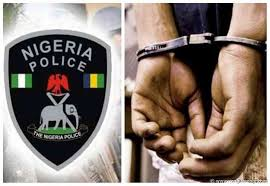 Nigeria – Stoned Guy Arrested For Throwing Stones At Cops !
