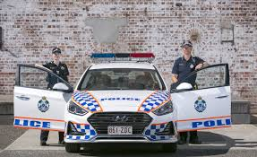 Australia: Two Queensland police officers charged with using and supplying drugs