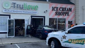 Florida: Car crashes into medical marijuana business